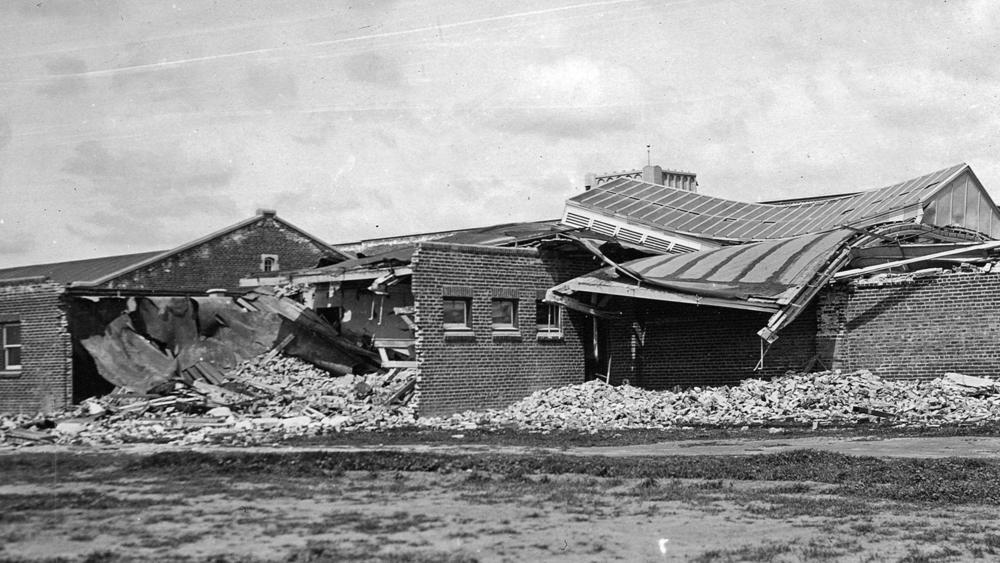 1933-03-10-long-beach-earthquake-ruins-compton-jr-high-school-usgs-now-thinks-the-deadly-quake-that-killed-120-people-was-caused-by-oil-drilling