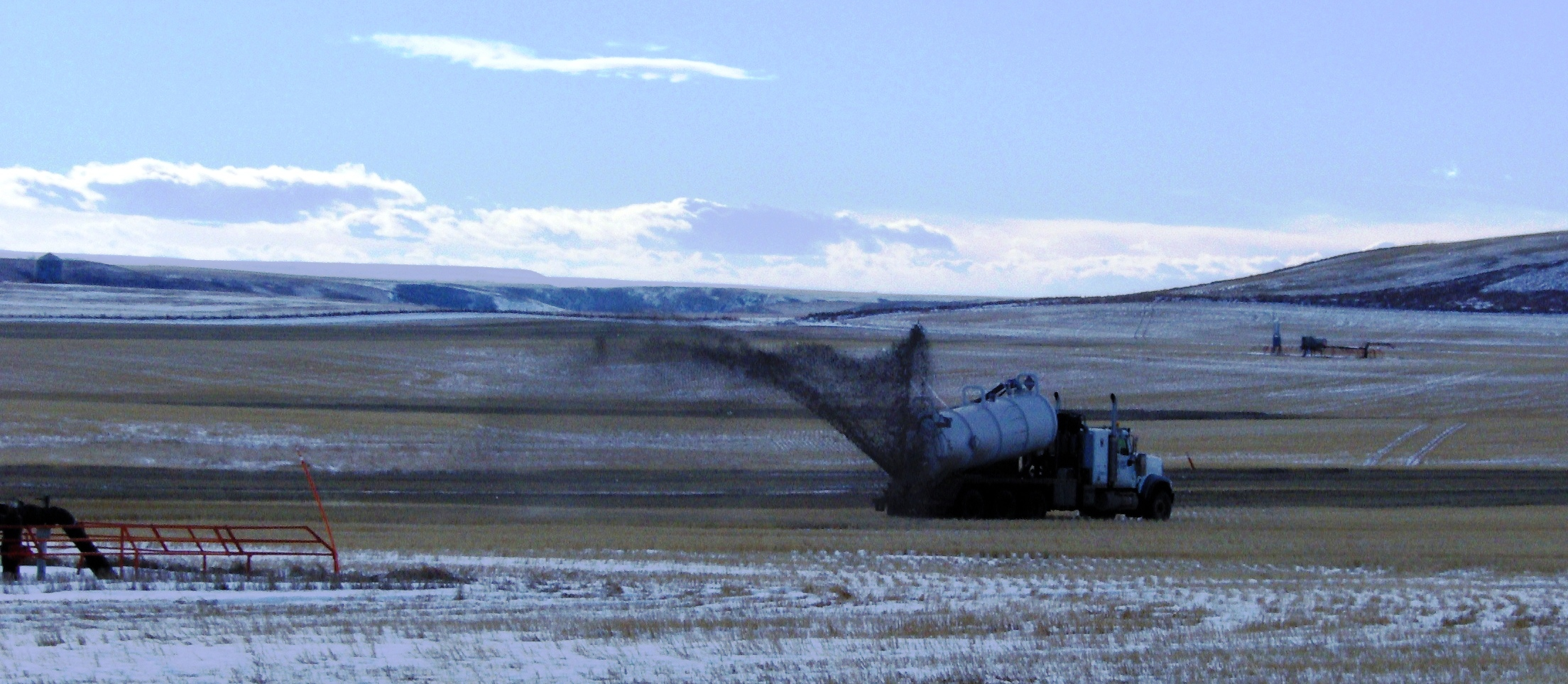 EnCana waste dumping from deviated drilling at 14-12-27-22 W4M near Hamlet of Rosebud November 2012
