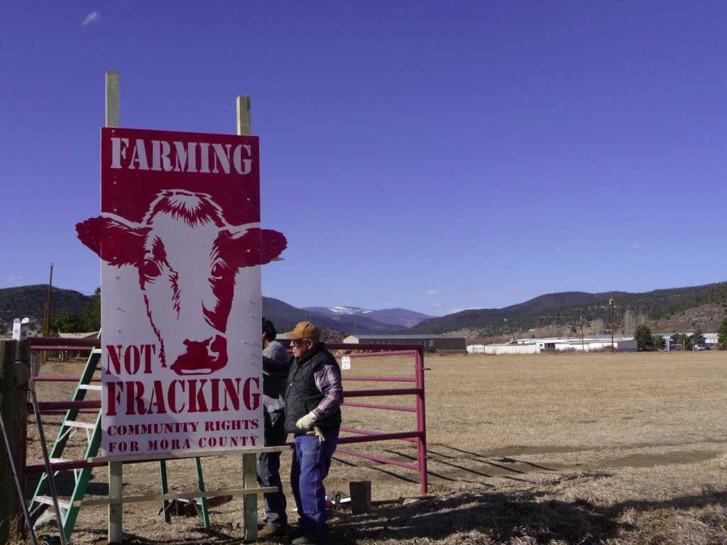 2013 03 Farming not Fracking