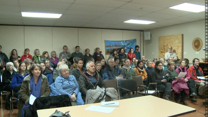 2015 04 21 Gaspé Hydrocarbures mobilisation au Conseil de ville, article photo