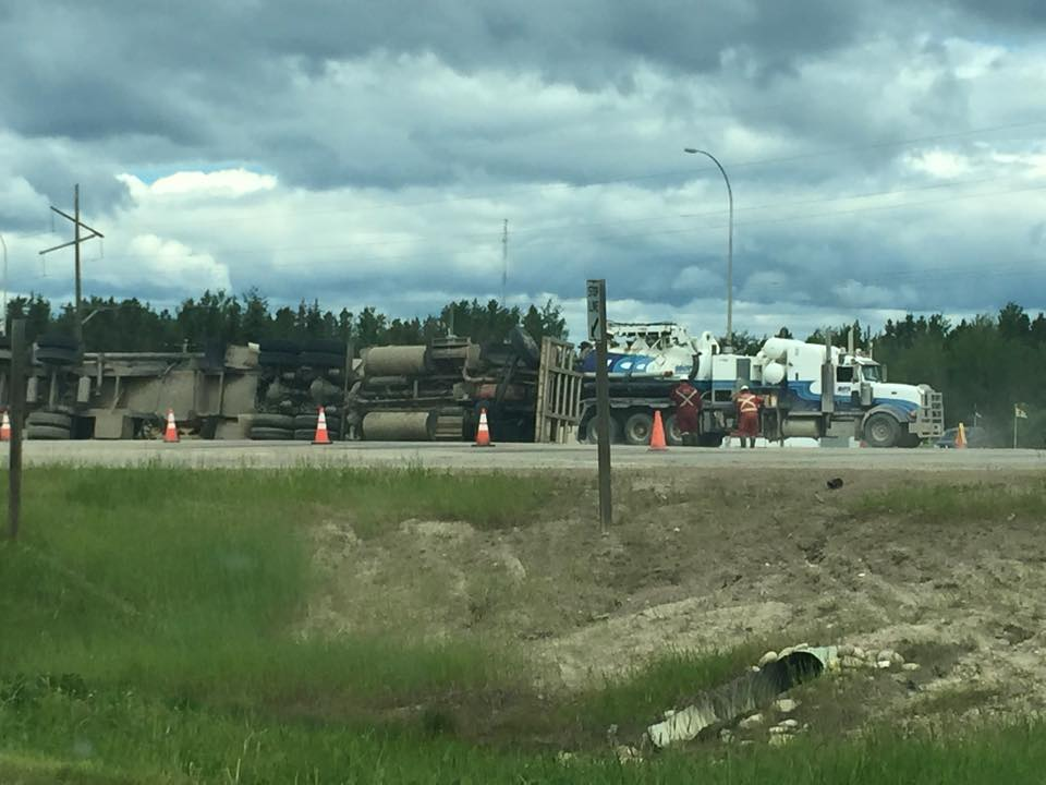 2015 06 fox creek frac tanker accident and spill 2
