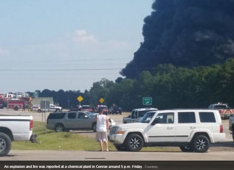 2015 08 14 Chem plant explosion in Texas 2