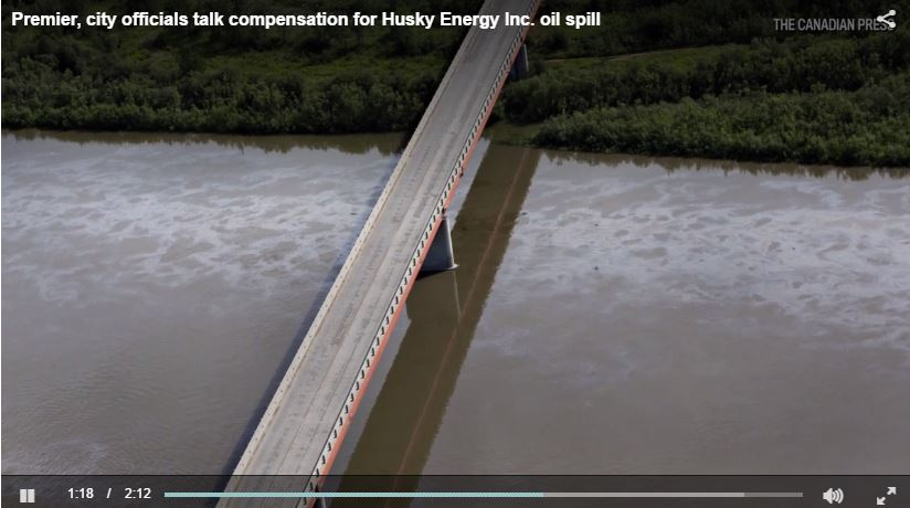 2016 07 Husky bitumen spill in North Saskatchewan River 2